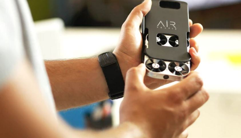 AirSelfie: The portable flying camera for selfie addicts