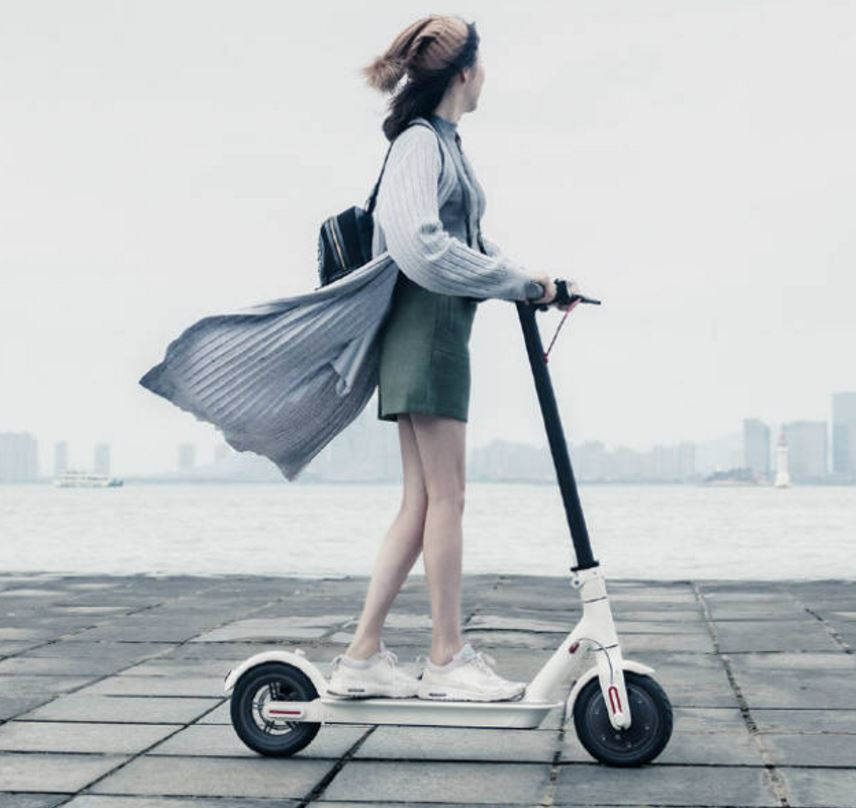 The Mi Electric Scooter offers speed of 25 kmph, can fold itself in 3 secs