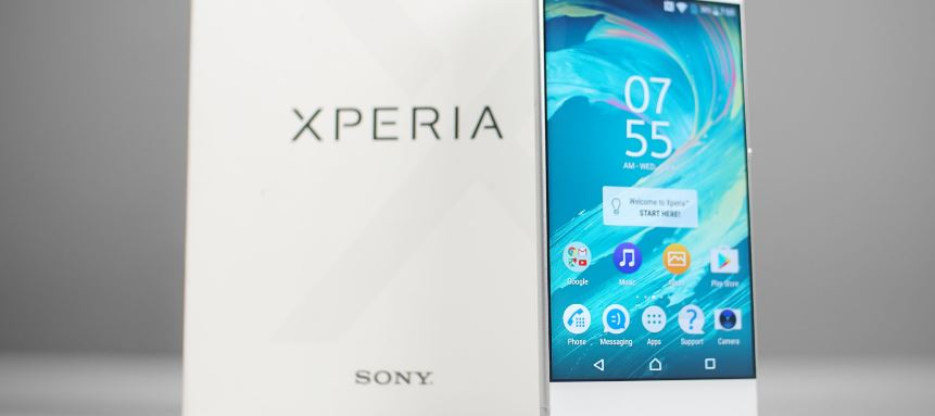 Sony's flagship Xperia lineup could feature OLED displays in 2018