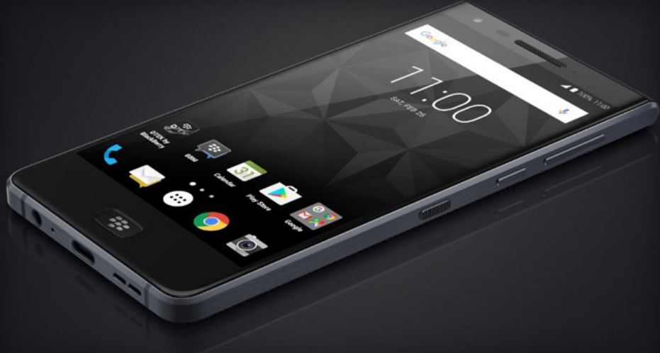 BlackBerry Motion mid-range smartphone with headphone jack leaked